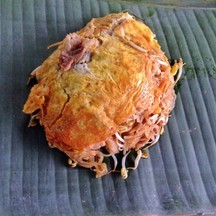 ผัดไท ห่อไข่ ใบตอง สูตรป้าภา