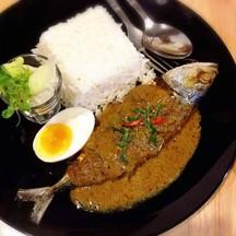 ข้าวปลาทูทอดซอสฉูฉี่