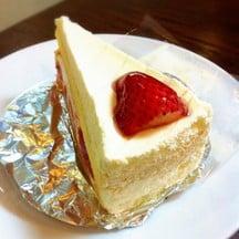 Strawberry Fresh Cream Cake