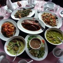 เป็ดย่าง แกงเจียวหวานปลา น้ำพริก