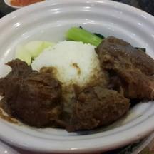 ข้าวเนื้อตุ๋น (80 บาท)