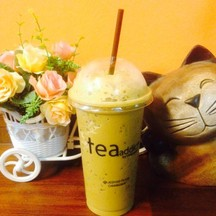 ชาฉั้มชื่อแปลกดีแต่อร่อย (มันคือชาเขียวผสมชาเย็น)