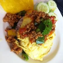 ข้าวไข่เจียวสูตรmac-จานนี้อร่อยหอมซอสที่ราดบนไข่เจียว