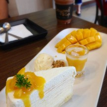 Mango crepe cake set