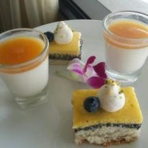 cake & panna cotta