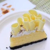 White Chocolate Cheese Cake (80 บาท)