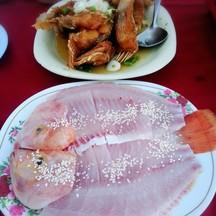 ปลาทับทิมทอดน้ำปลากับจิ้มจุ่มปลา