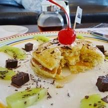 pancake with fruit