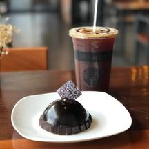 americano + chocolate moots