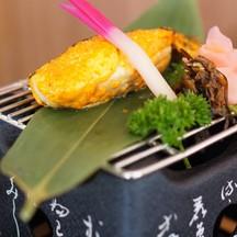 ปลาจินดาระย่าง ราดด้วยซอสเมนไทโกะ (ไข่ปลาคอด) รสชาติคล้ายๆ spicy sauce...