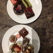 ชอบแค่ cheesecake, tiramisu, brownie and chocolate tart 5/5 ที่เหลือในจานไม่ชอบ