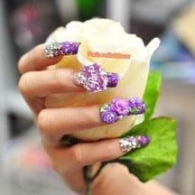 Paris nails & Brow