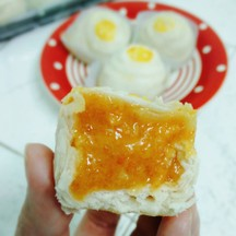 ขนมเปี๊ยะไส้วนิลาลาวาไข่เค็ม