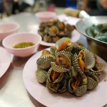 ลองท้องระหว่างรอปูและกุ้ง กับหอยแครงที่ไม่คาวและไม่สุกจนเกินไป