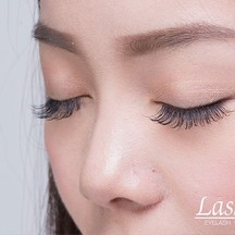 Lashury Eyelash salon (แลชชูรี อายแลช ซาลอน)