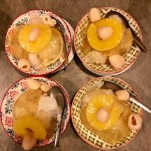 วุ่นจากผลมะเดื่อไต้หวัน เสริฟพร้อมผลไม้รสเปรี้ยวหวาน อร่อยชื่นใจ