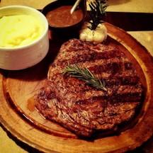Ribeye Steak With Mashed Potatoes