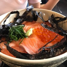 ข้าวหน้าปลาแซลมอน+ไข่ปลาแซลมอน