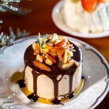 """Mocha Almond Mascarpone Cake"" (ราคา 90 บาท)"