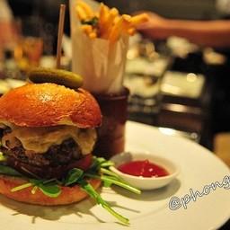 Wagyu beef Yangee Burger