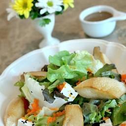 Japanese tofu & grilled mushroom salad  160 บาท