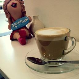 กาแฟหอมและภาพสวย Coffee & Gallery