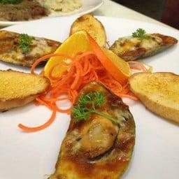 Gourmet's Delight