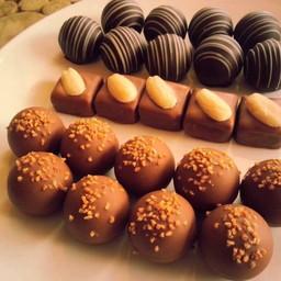 กินช็อคโกแลตกันเถอะ <3