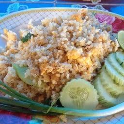 อาหารตามสั่ง ริมวัดพระธาตุพนม