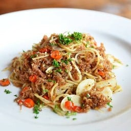Spaghetti Corned Beef with Fresh Chili