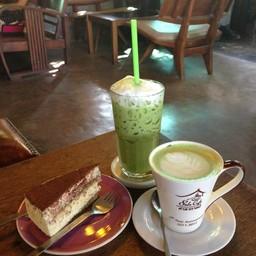 ชาเขียว&เค้กทีรามิสุ