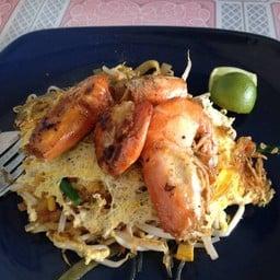 ร้านผัดไทย หอยทอด (ซอยพรธิสาร 13) พรธิสาร