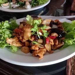 Tham Restaurant
