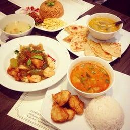 Peppery Thai Bistro Restaurant สยามพารากอน