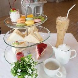 "Afternoon Tea ( ราคา 399 บาท )""  ---พิเศษสำหรับเดือนกรกฎาคม"