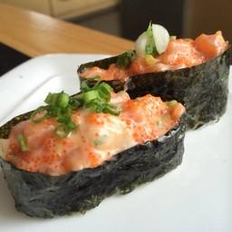 Salmon Spicy Gunkan