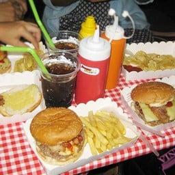 Hip Hot Dogs & Burgers