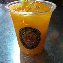 น้ำส้มแสนอร่อย. เหมือนทานส้มสดๆจากไร่. ฟินมวาก