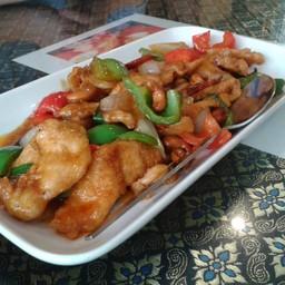 Usman Thai Muslim Food ร้านอาหารไทยอุสมาน