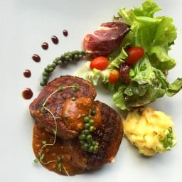 Fahtara Steak