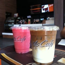 McDonald's เอ็ม พาร์ค นครสวรรค์ (ไดร์ฟทรู)