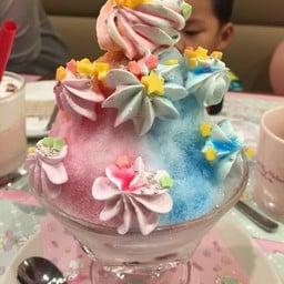 Kiki & Lala CAFE キキ&ララカフェ Shibuya