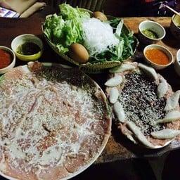 ร้านหมูกะทะหนึ่งตะวัน กาญจนบุรี