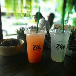 24 c Coffee&Bakery