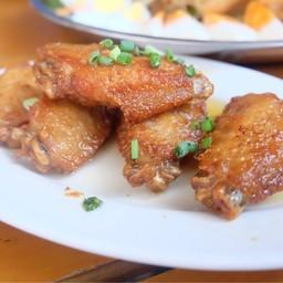 ปีกไก่ทอดน้ำปลา