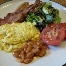 American Breakfast ฿250