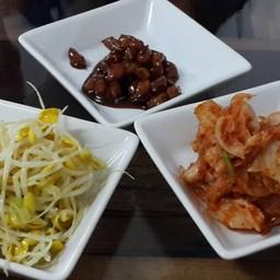 ร้านอาหารเกาหลีบ้านถั่ว (콩이야기)
