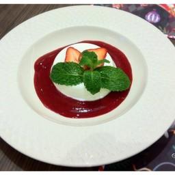 Red Berry Panna Cotta##1