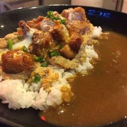 ข้าวไก่คาราเกะราดไข่ตุ๋นชีสแกงกะหรี่ชีส