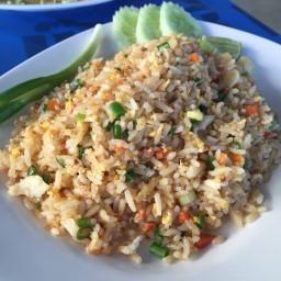 ข้าวผัดปูจานเล็ก (70 บาท)